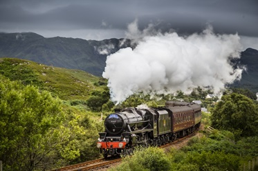 Dit mag je niet missen! Bekijk de Harry Potter-trein in Fort William