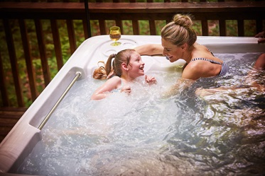 Genieten in de hottub! Blackwood Forest Holidays, Hampshire